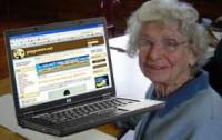 سريعترين پیرزن اینترنتی دنیا در سوئد