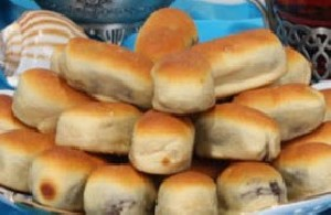 طرز تهیه نان خرمایی
