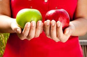 تاثیر سیب بر روی سفیدی دندانها