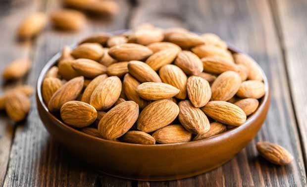 بادام almonds