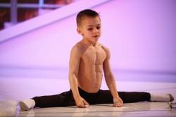 قویترین پسر بچه جهان با 7 سال سن + تصاویر جدید