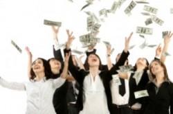 با این 10 روش پول و ثروت را به سمت خود جذب کنید