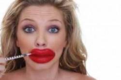 زن چینی رکورد عمل جراحی زیبایی را شکست