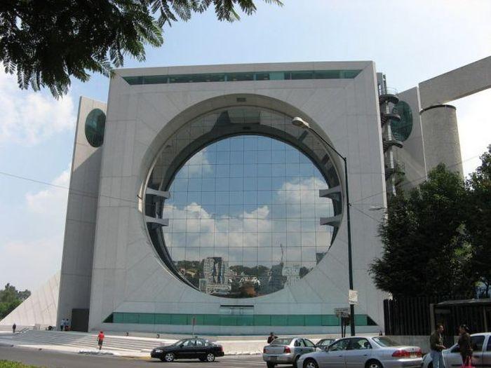 ساختمان های عجیب