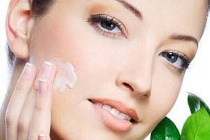 خواص عصاره شیرین بیان برای رفع لکه های پوستی