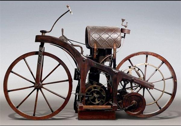 اولین موتور سیکلت
