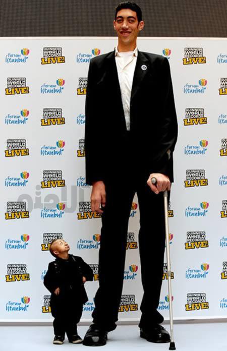 ملاقات کوتاه ترین و بلندترین مرد دنیا