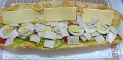ساندويچ فرانسوي گرم
