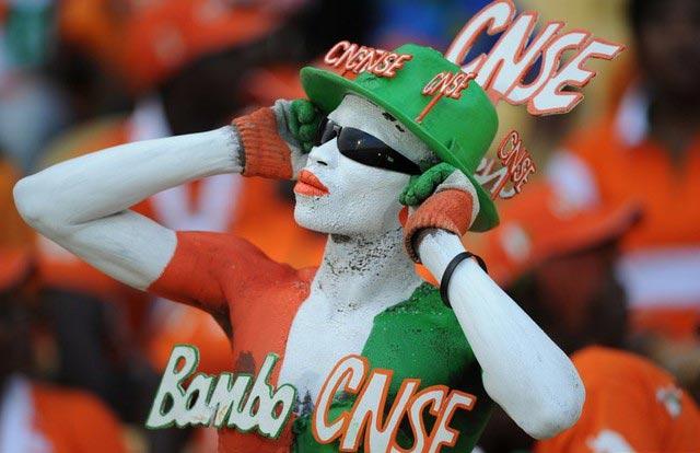 قیافه یکی از طرفداران تیم ملی فوتبال ساحل عاج