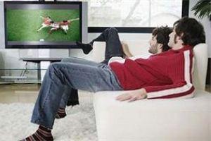 تماشای بیش از حد تلویزیون بر روی باروری مردان تاثیر دارد