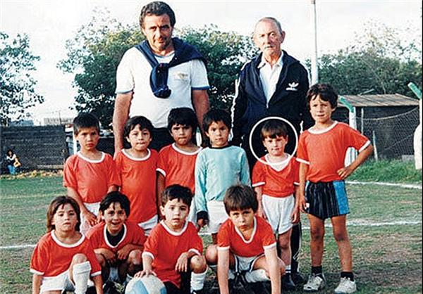 اولین تیم فوتبال لیونل مسی