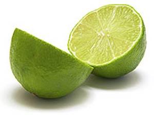 خواص نوشیدن آب گرم و لیمو