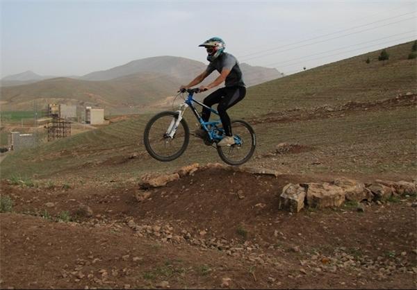دوچرخه سواران کرمانشاهی
