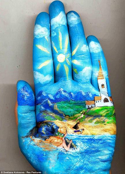 نقاشی روی دست