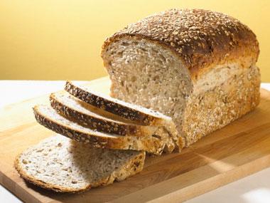 whole-wheat-breadمواد غذایی انرژی زا
