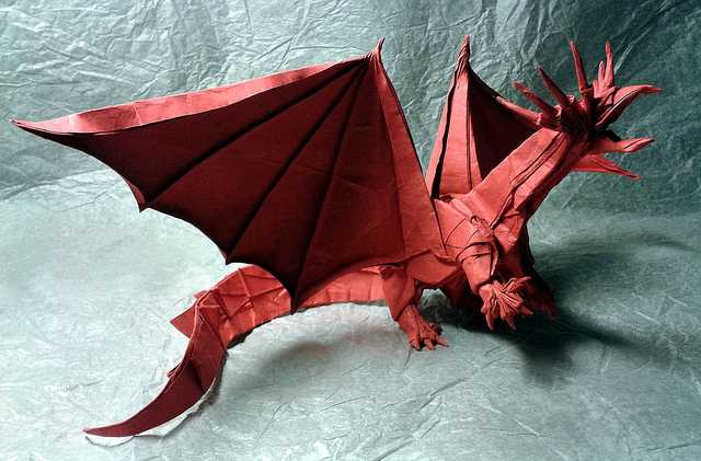 Ancient-Dragon-Beautiful-3D-Origami-by-Jaroslav-Mishchenko