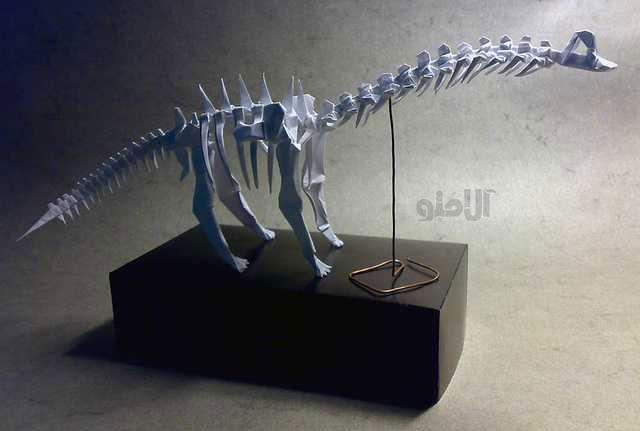 Brachiosaurus-Skeleton-Fumiaki-Kawahata-Beautiful-3D-Origami-by-Jaroslav-Mishchenko