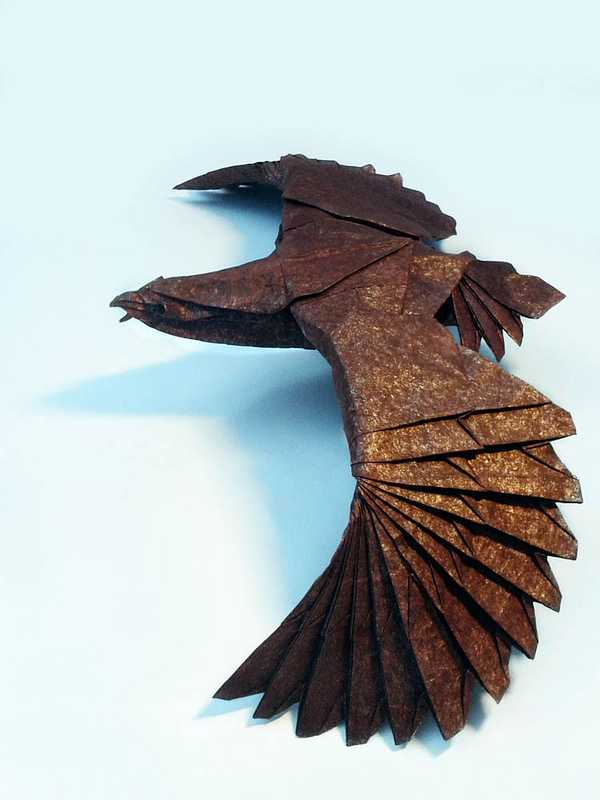 Eagle-Beautiful-3D-Origami-by-Jaroslav-Mishchenko
