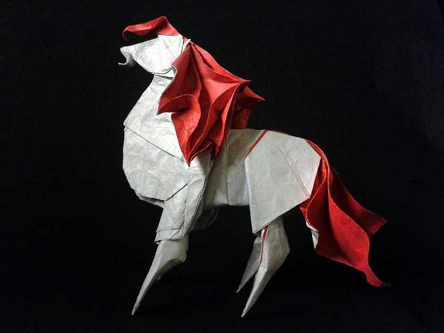 Horse-Beautiful-3D-Origami-by-Jaroslav-Mishchenko