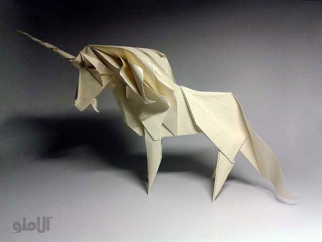 Unicorn-Beautiful-3D-Origami-by-Jaroslav-Mishchenko