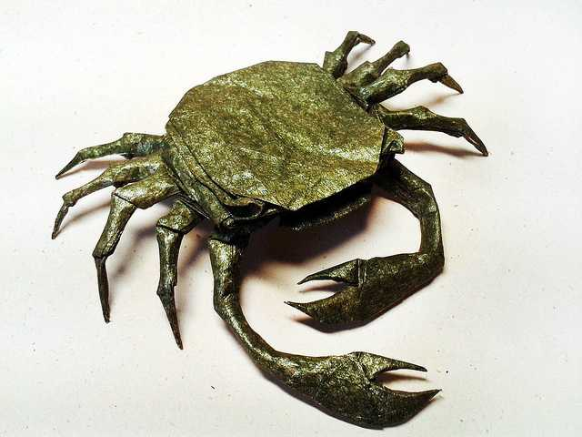 shore-crab-Beautiful-3D-Origami-by-Jaroslav-Mishchenko