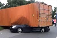 معجزه ای بزرگ در یک صانحه رانندگی/عکس