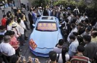 تلاش مرد چینی برای فروش هیوندای در لباس لامبورگینی + عکس