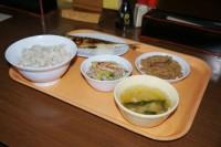 فروش غذاهای زندانیان در رستوران + عکس