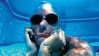 شناگر دانمارکی با شش های جادویی + عکس