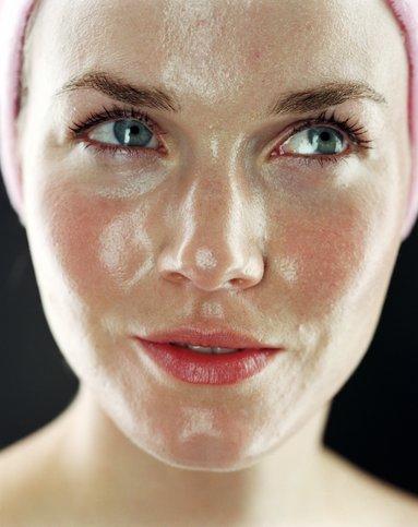 آرایش پوست چرب width=