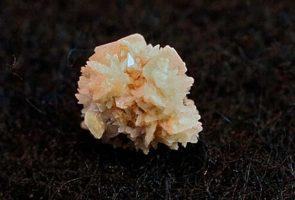 سنگ کلیه kidney-stone-crystal