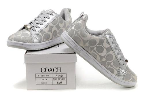 162 مدل کفش ورزشی دخترانه