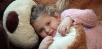 دختری با بیماری عروسک چینی + عکس