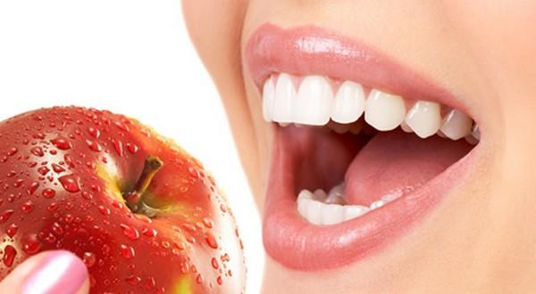 8 غذا برای سالم نگهداشتن دندان ها