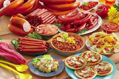 مضرات مصرف گوشت های سوسیس و کالباس