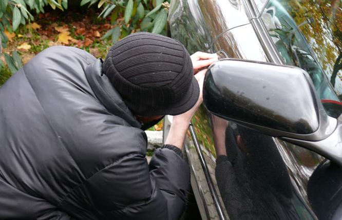 چگونه مراقب دزدان اتومبیل خود باشید