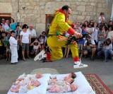 خشن ترین و عجیب ترین رسومات برخی از دین ها + عکس