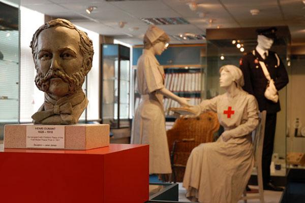 تاجری که ۱۵۰سال پیش صلیب سرخ راساخت