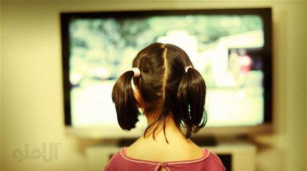 عوارض تماشای تلویزیون برای کودکان