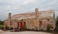بزرگترین خانه از جنس نان زنجبیلی در دنیا +عکس