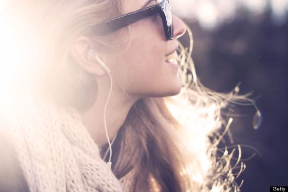 چگونه ذهن خود را کنترل کنیم,راز تسلط بر ذهن,مثبت فکر کنید.