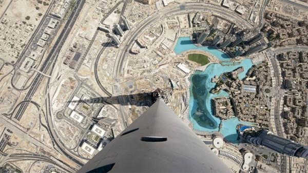 بزرگترین و برترین آسمان خراشهای دنیا,Burj-Khalifa2-600x337