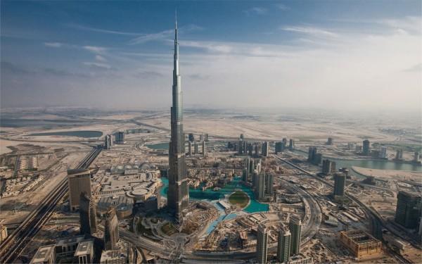 بزرگترین و برترین آسمان خراشهای دنیا,Burj-Khalifa3-600x375