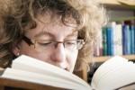 خواندن یک رمان میتواند مغز شما را تغییر دهد ؟