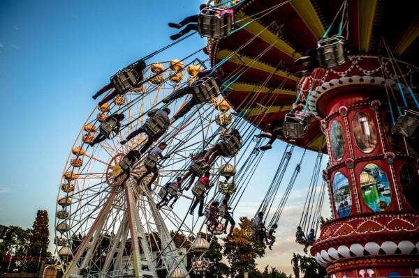بهترین پارک های تفریحی جهان,canada-Cneyd-Demirci-600x399