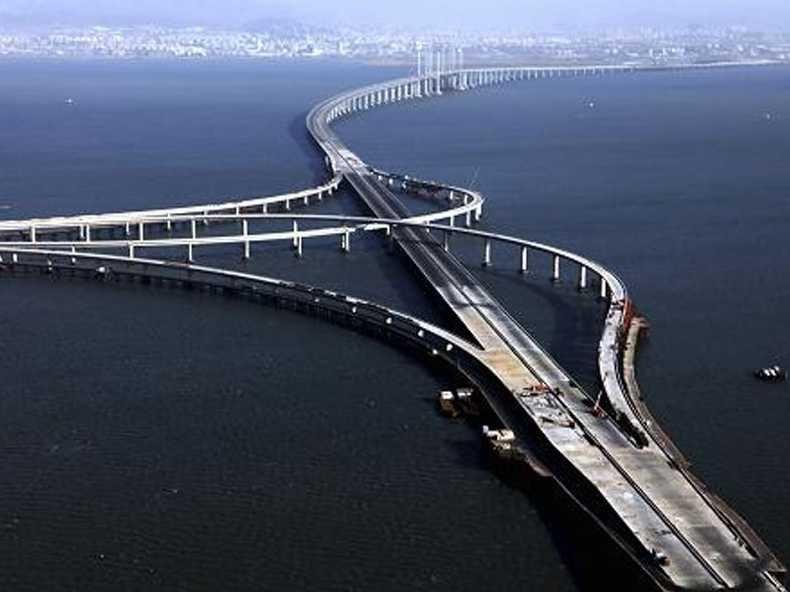 پلهای طولانی که به هیچجا نمی رسند.