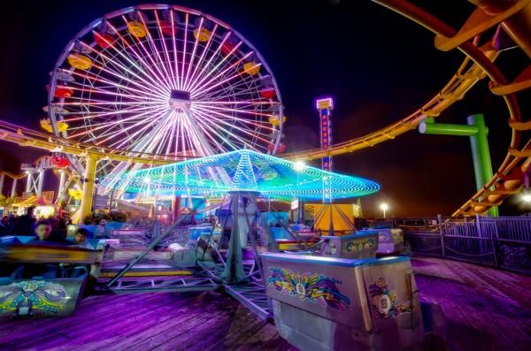 بهترین پارک های تفریحی جهان,santa-monica-Bobby-Gibbons-600x397