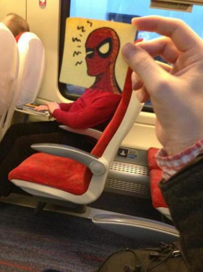 خلاقیت در مترو