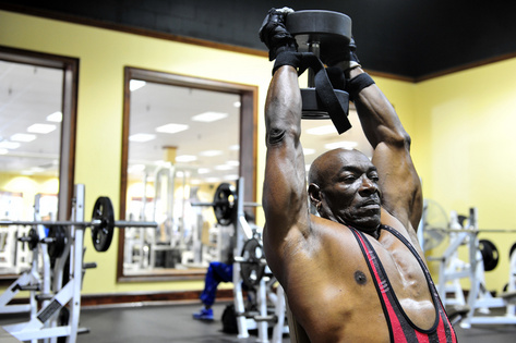 70-year-old-bodybuilder2