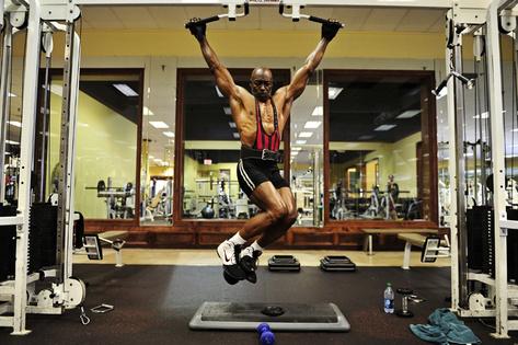 70-year-old-bodybuilder3
